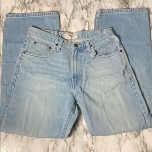 American Eagle Loose Fit Jeans Size 29x30